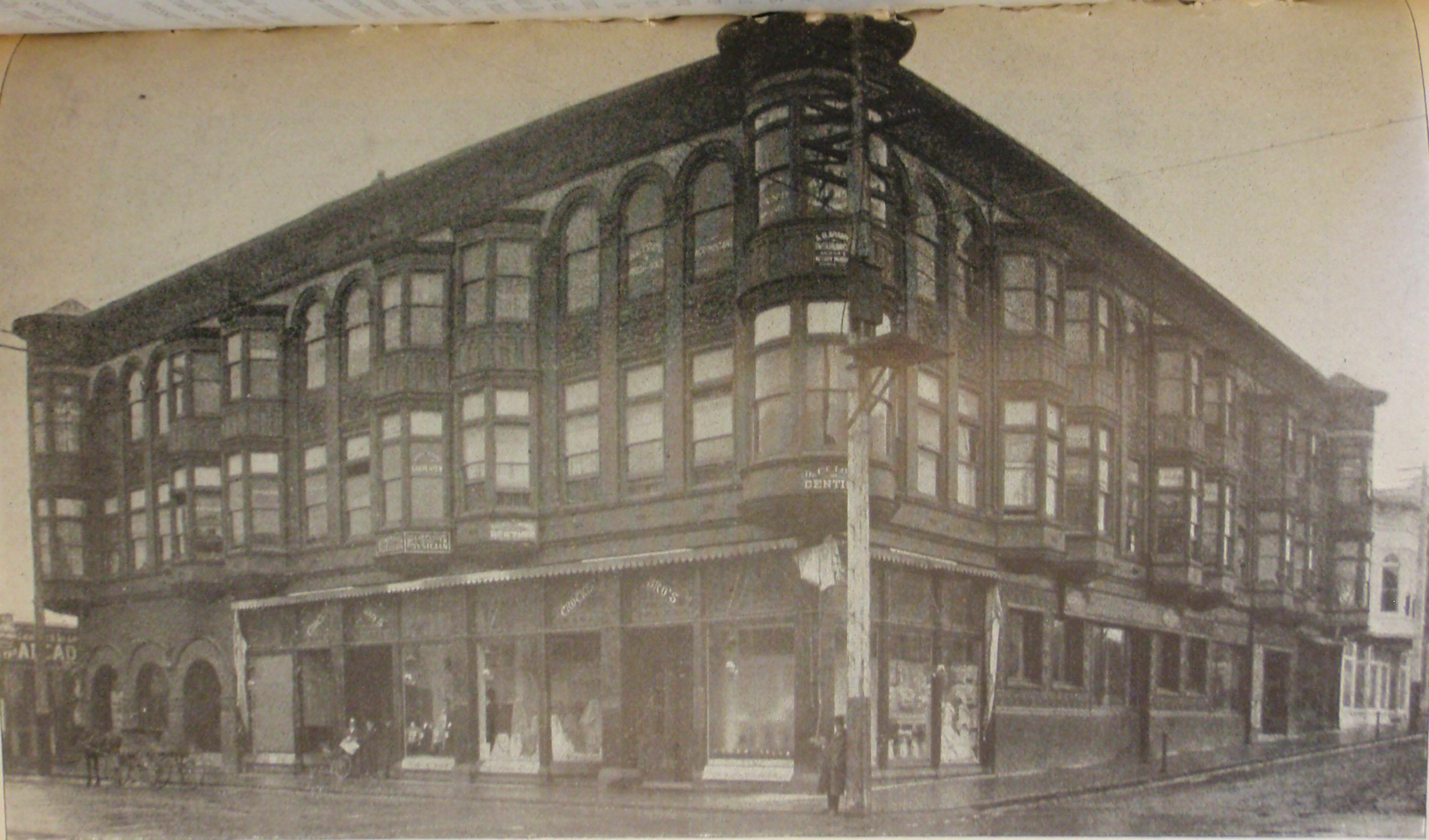 1904- Souvenir Photo-Carson Block Ext (Humboldt County Library)